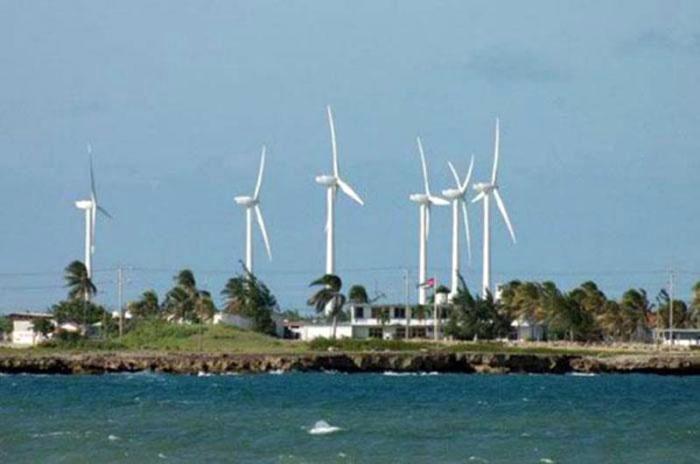 Quelles sont les particularités des plus grands parcs éoliens de Cuba ?
