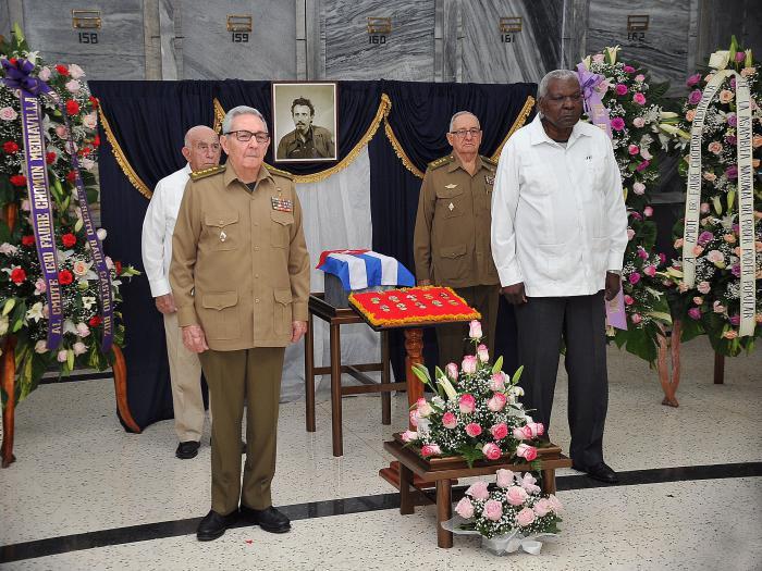 Raul a rendu un hommage posthume au commandant de l'armée Rebelle Faure Chomon